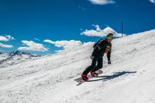 Greg Nowak on a snowboard in Salbach 2015